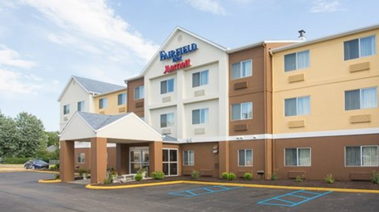 Fairfield Inn by Marriott Terre Haute Exterior
