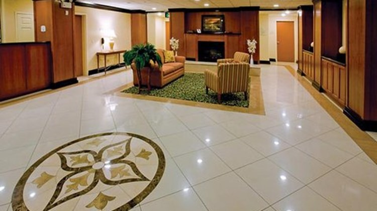 Fairfield Inn & Suites Napa Valley Lobby