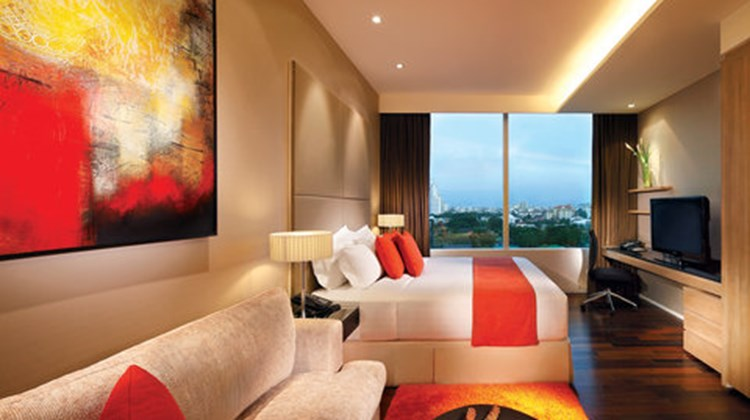 Pan Pacific Serviced Suites Bangkok Room