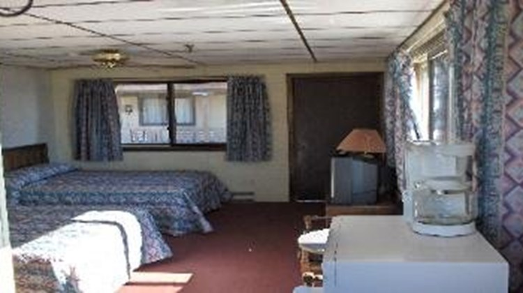 Carolina Resort Motel Room