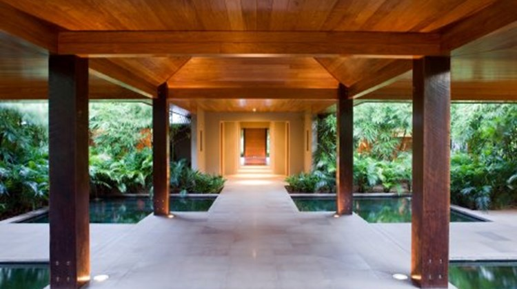 Qualia, Great Barrier Reef Exterior