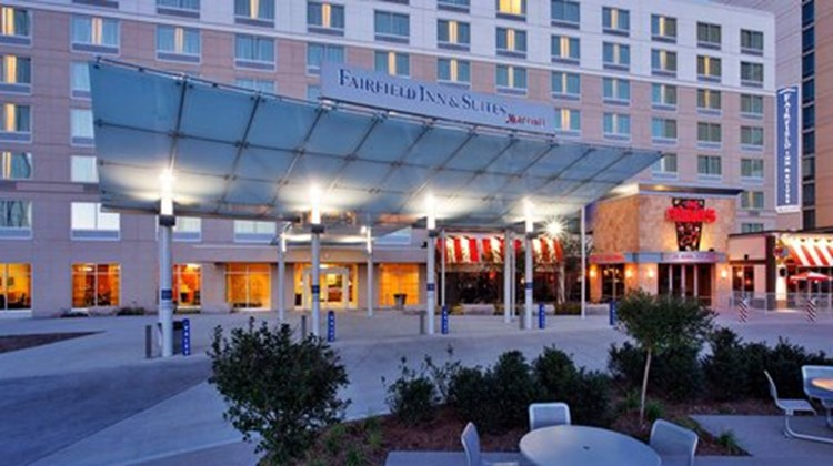 Fairfield Inn & Suites Indianapolis Dtwn Exterior