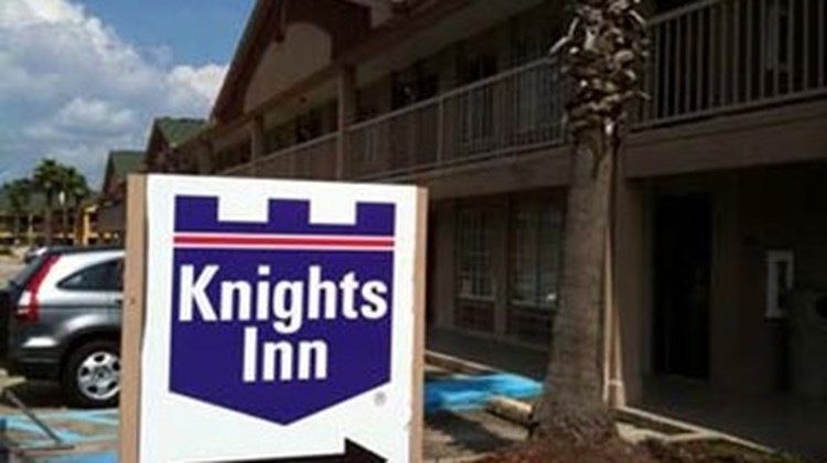 Knights Inn Baton Rouge Exterior