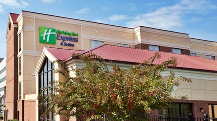 Holiday Inn Express & Stes Columbia Exterior