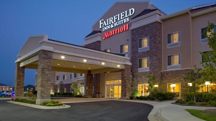 Fairfield Inn & Suites EastChase Exterior