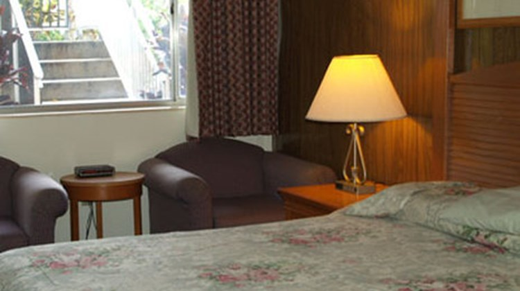 Parkview Motor Lodge Room