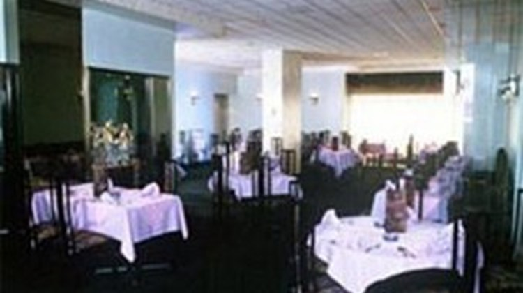 La Tour Centre-Ville Restaurant