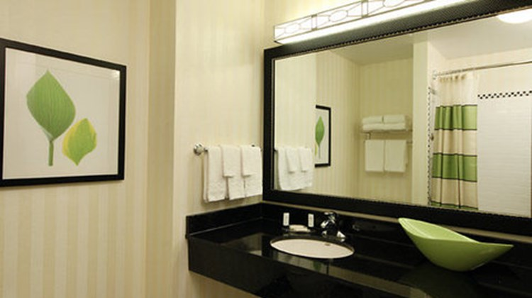 Fairfield Inn & Suites Mahwah Room
