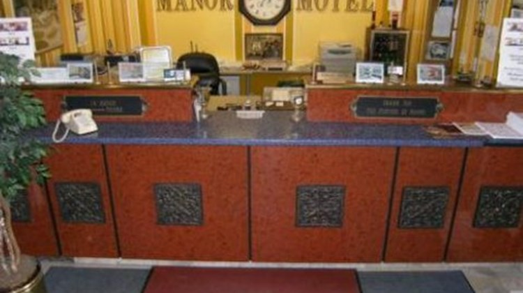 Manor Crest Motel Lobby
