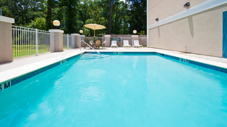 Country Inn & Suites Tallahessee E Pool