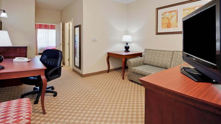 Country Inn & Suites Tallahessee E Suite