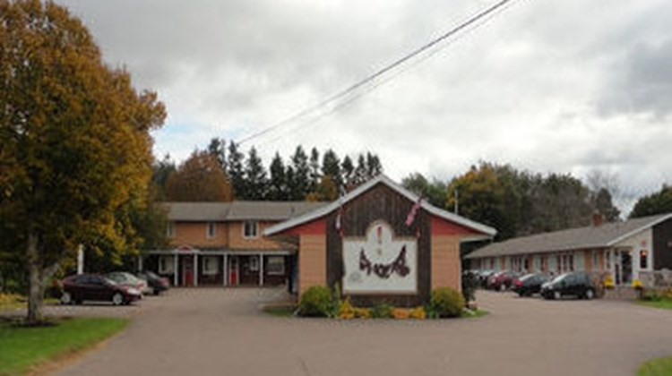 Mulberry Motel Exterior