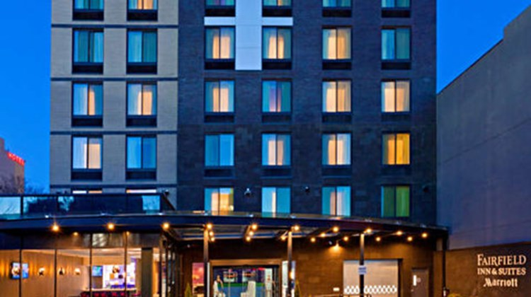 Fairfield Inn & Stes NY Long Island City Exterior