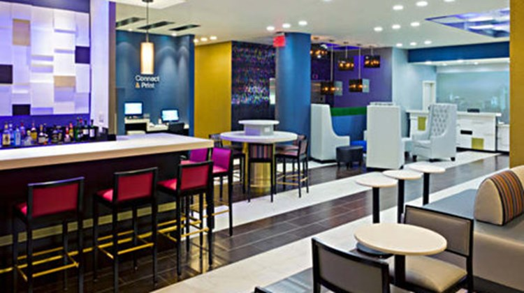 Fairfield Inn & Stes NY Long Island City Lobby