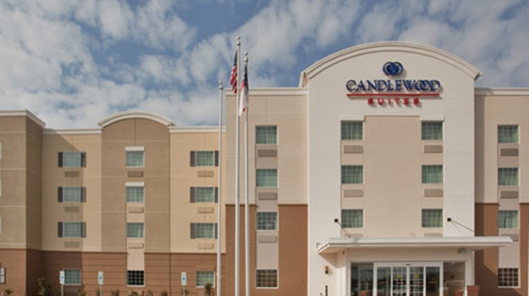 Candlewood Suites Fayetteville Exterior