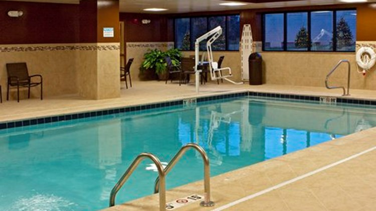 Hampton Inn - Oxford/Miami Univ Area Pool