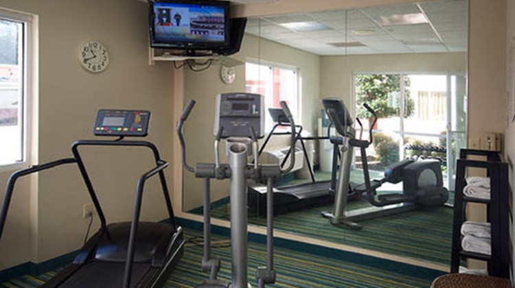 Fairfield Inn & Suites Hickory Health Club