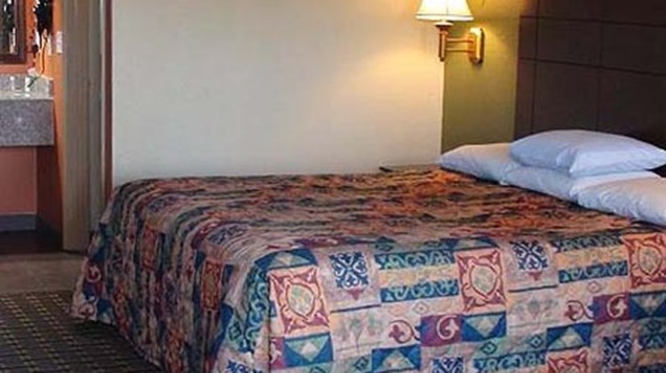 Motel 6 Tomball Room