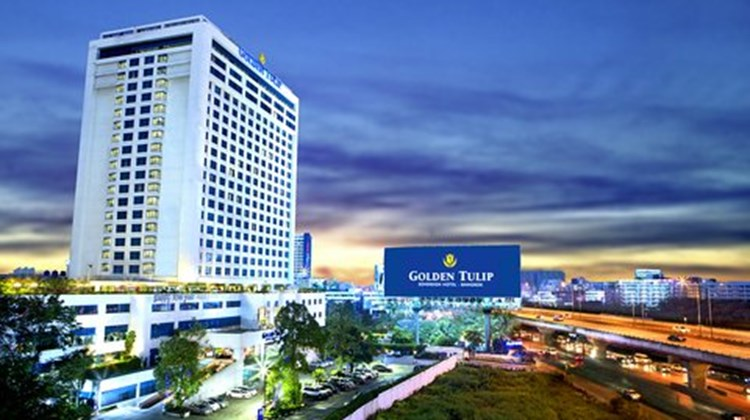 Golden Tulip Sovereign Hotel Bangkok Exterior