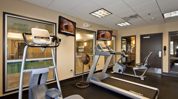 Holiday Inn Express Stes Newton Health Club