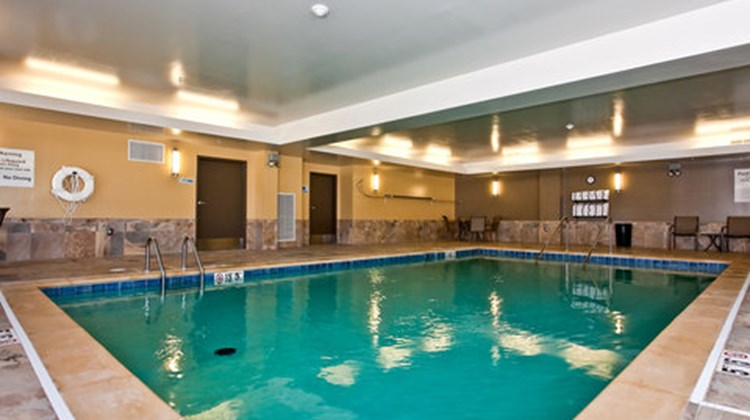 Holiday Inn Express Stes Newton Pool
