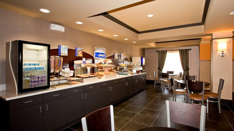 Holiday Inn Express Stes Newton Restaurant