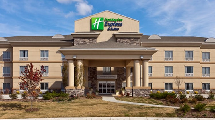 Holiday Inn Express Stes Newton Exterior