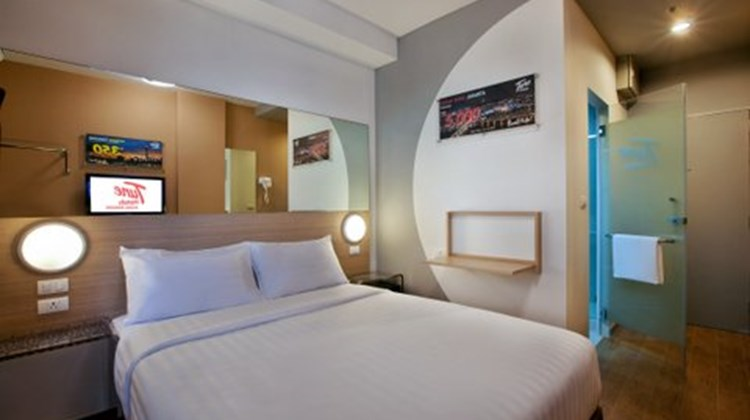 Red Planet Hotel Asoke Room