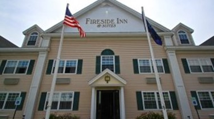 Fireside Inn & Suites Exterior