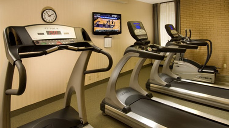 Drury Inn & Suites Louisville East Health Club
