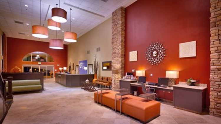 Holiday Inn Express & Sts Mesquite Lobby