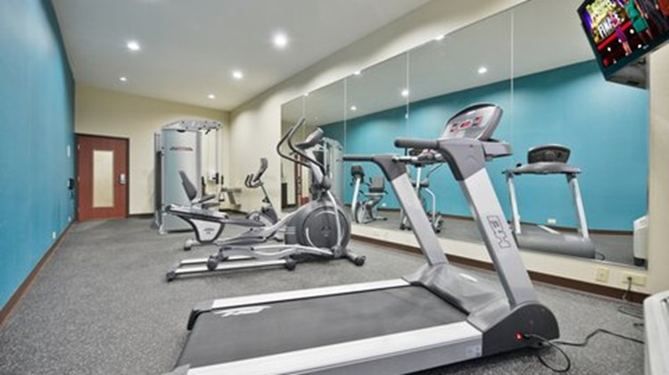Holiday Inn Express & Suites Forrest Cit Health Club