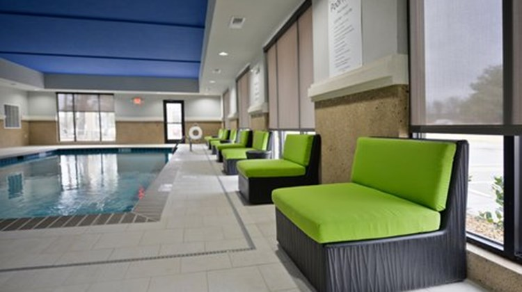 Holiday Inn Express & Suites Forrest Cit Pool