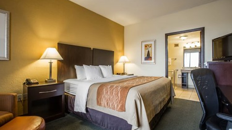 Quality Inn Jonesville Room