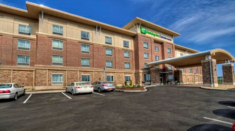 Holiday Inn Express & Stes Pittsburgh SW Exterior