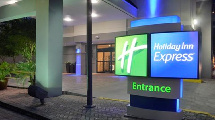 Holiday Inn Express New Orleans Downtown Exterior