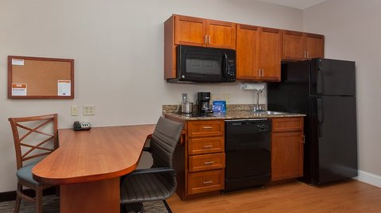 Candlewood Suites Decatur Medical Ctr Suite
