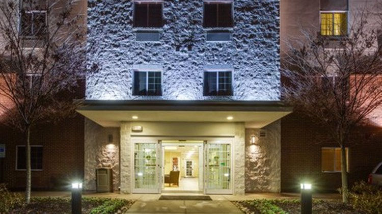 Candlewood Suites Richmond Airport Exterior