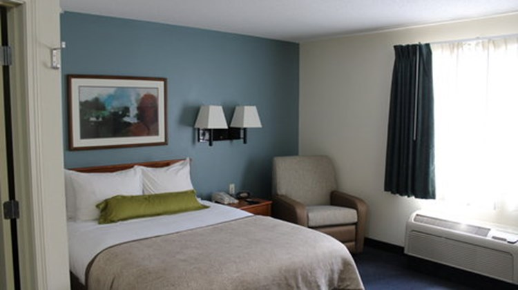 Candlewood Suites Sterling Room