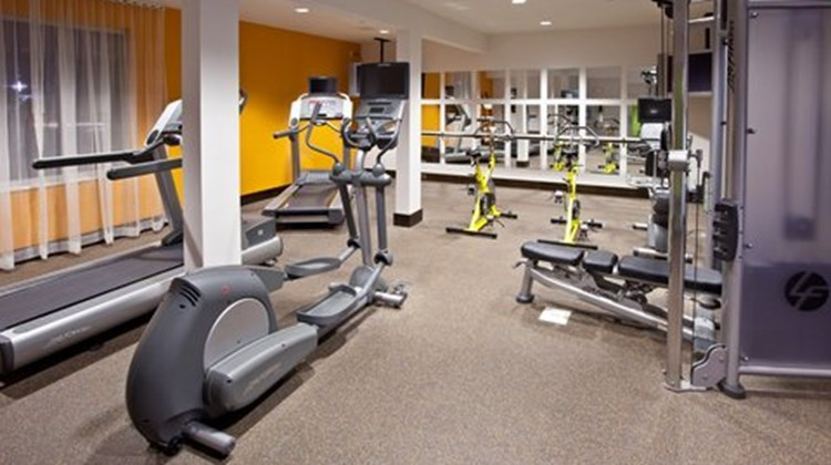 Holiday Inn Express Fishers Health Club