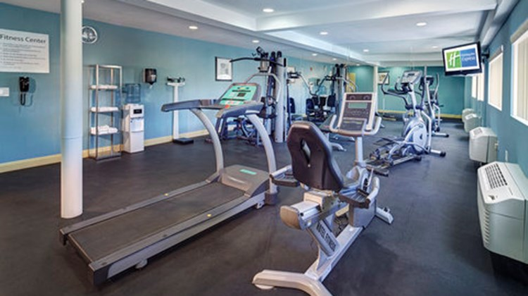 Holiday Inn Express San Diego South Health Club