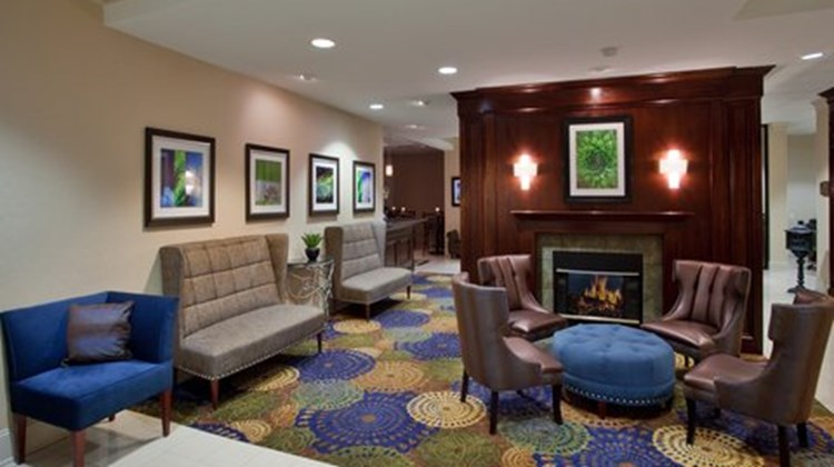 Holiday Inn Raleigh North Lobby