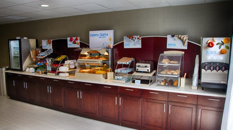Holiday Inn Express & Suites Sidney Restaurant