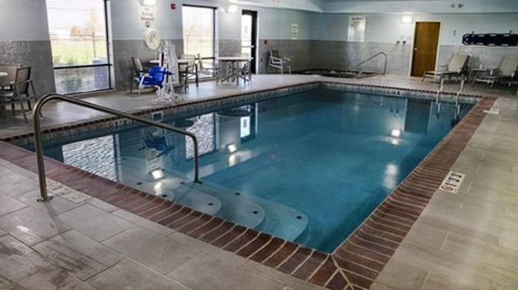 Holiday Inn Express & Suites Sidney Pool