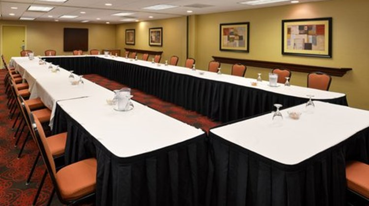 Holiday Inn Express Crestwood Meeting