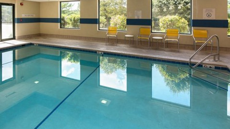 Fairfield Inn & Suites Des Moines West Pool