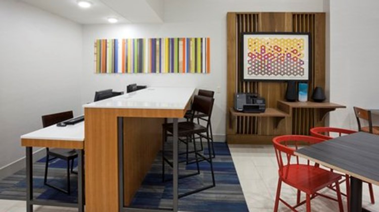 Holiday Inn Express Minneapolis Other