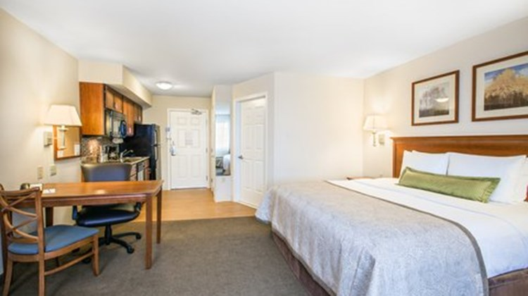Candlewood Suites Pittsburgh-Cranberry Room
