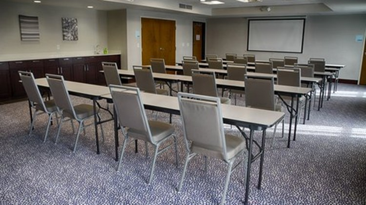 Holiday Inn Express & Suites Sidney Meeting