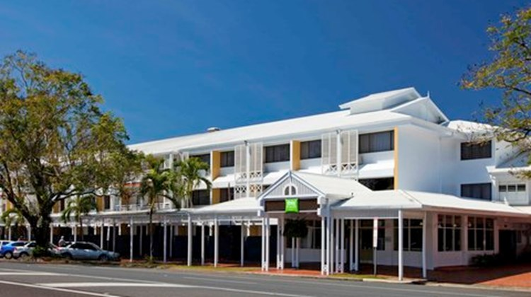 Ibis Styles Cairns Exterior
